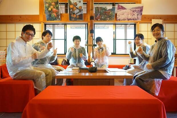 KIRINコラボバイト_「杏露酒」のあんず収穫_03