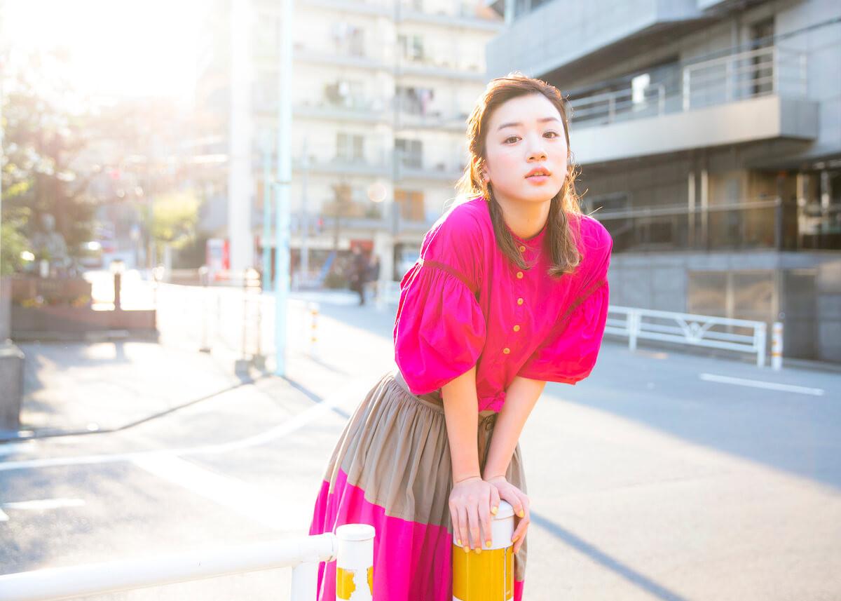 ピンクの衣装が可愛い永野芽郁
