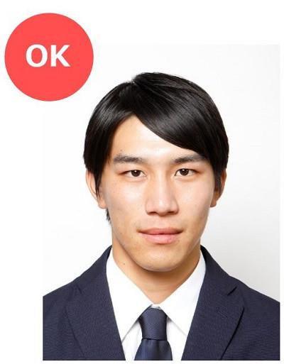 転職用の履歴書写真OK例(男性)